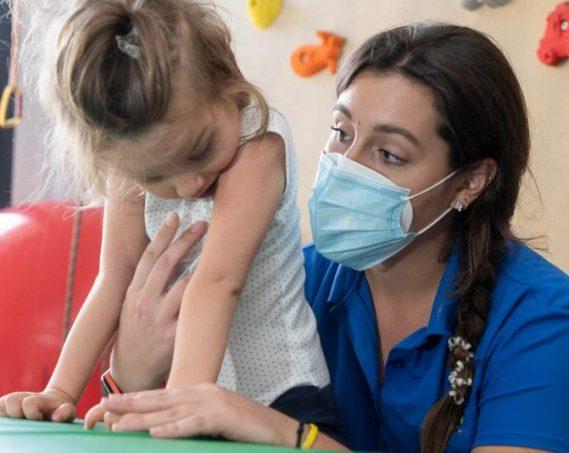 terapia-fisioterapia-pediatrica-1.jpeg